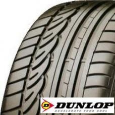 Pneu Dunlop SP SPORT 01 Dunlop sp01 je pneumatika zaručující skvělé jízdní vlastnosti a dobré chování jak na suchém, tak na mokrém povrchu. Zároveň vykazuje dlouhou životnost a snižuje spotřebu paliva. Pneu Dunlop  sp01 byla vyvinuta s inovačním asymetrickým třízónovým dezénem běhounu pneu (Tri-Area-Tread), který v sobě vyváženě spojuje hladký chod, sportovnost a bezpečnost. Rozdělení dezénu do tří zón zaručuje nejvyšší možnou rovnováhu jízdního chování, bez ohledu na podmínky. Proto je tato pneumatika ideální pro vozidla střední třídy, vyšší střední třídy a luxusní limuzíny. Směs pneu se 100% silikou zaručuje zlepšenou ovladatelnost za sucha i za mokra, nízký valivý odpor a vyšší počet ujetých kilometrů.   Popis pneumatiky:  Bezešvý nylonový pás zabraňuje zvětšování pláště při vysokých rychlostech a zaručuje stejnoměrnou a širokou kontaktní plochu při všech rychlostech. BasePen: zajišťuje elektrostatickou vodivost a spolehlivou ochranu proti výbojům statické elektřiny (nap. při čerpání paliva). Silikový běhoun umožňuje lepší přilnavost pneu za mokra i sucha a snižuje valivý odpor. To vede k nižší spotřebě paliva a k menšímu opotřebení dezénu.