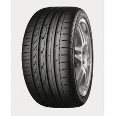 Yokohama Advan Sport V103 je špičková pneumatika určena pro vysoce výkonné sportovní a luxusní vozy. Mezi hlavní benefity této pneu patří vynikající přilnavost a to i na mokrém povrchu. Dále je tato pneumatika velmi pohodlná a nabízí zároveň klidnou a vyrovnanou jízdu. Celková konstrukce pneumatiky Yokohama V103 advan sport je navržena tak, aby zajišťovala vynikající ovládání vozu.