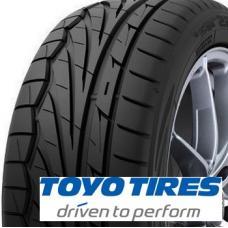 Toyo Proxes T1-R je letní pneumatika pro všechny sportovní milovníky jízdy. Chlubí se jedinečným výkonem, kde kombinace směsy a běhounu předčí všechny předchozí standardy v jízdě na suché i mokré vozovce. Drážky ve tvaru V efektivně odvádí vodu z běhounu a způsobují dokonalou přilnavost pneu k asfaltu. Obvodové drážky s ostrými hranami dávají pneumatice perfektní vodivost a tichou jízdu. Tato pneumatika nejenže má skvělé vlastnosti, ale také velice atraktivní design, který sportovní pocit ještě umocňuje.  Základní charakteristika:  -skvělá ovladatelnost na mokré i suché vozovce -tichý provoz -dlouhá životnost -široká řada velikostí