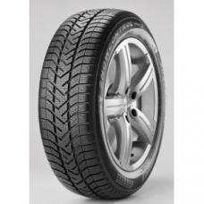 """Zimní pneu Pirelli snowcontrol serie II Pneumatika Pirelli Snowcontrol serie 2 je novinkou roku 2009. Jedná se o velmi zdařilého nástupce úspěšné pneumatiky Pirelli snowcontrol. Pneumatiky Pirelli snowcontrol 2 jsou určeny pro malá vozidla až vozy střední třídy a vynikají mimojiné svými """"ekologickými"""" vlastnostmi. Tyto pneumatiky jsou ideální řešení pro řidiče v zimním období. Pneu Pirelli snowcontrol II poskytuje vysokou úroveň bezpečnosti a jízdního komfortu na suché i kluzké vozovce. Řada inovativních řešení zaručuje bezpečnost, spolehlivost, dobrou trakci a brzdění na každém povrchu.  základní vlastnosti pneu Pirelli snowcontrol 2: NOVÁ SMĚS – měkká směs pro lepší vlastnosti při teplotách pod 7°C, lepší přilnavost pneumatiky SPECIÁLNÍ USPOŘÁDÁNÍ BLOKŮ – speciální sekvence bloků zajišťuje dobrý záběr pneumatiky a nižší hlučnost SKVĚLÁ ŘIDITELNOST – pneu Pirelli Snowcontrol II vyniká dobrými jízdními vlastnostmi za zhoršených povětrnostních podmínek ŠIROKÉ DRÁŽKY – dobrý odvod vody z pneumatiky zajišťuje menší riziko aquaplaningu a lepší trakci ŠETRNÁ PNEUMATIKA K ŽIVOTNÍMU PROSTŘEDÍ – tato pneumatika je velmi ekonomická, snižuje spotřebu paliva a emisí CO2. Tato pneumatika již splňuje normy, které budou nastaveny v Evropě v roce 2010 až 2012"""