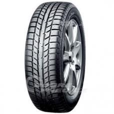 Zimní pneumatika Yokohama W.Drive V903 je určena pro vozidla nižší a stření třídy. Tato zimní pneu je konstruována tak, aby dobře vedla i za nízkých teplot a kluzkého povrchu. K dobrým jízdní vlastnostem na zimním povrchu neméně přispívá nová, upravená směs siliky.